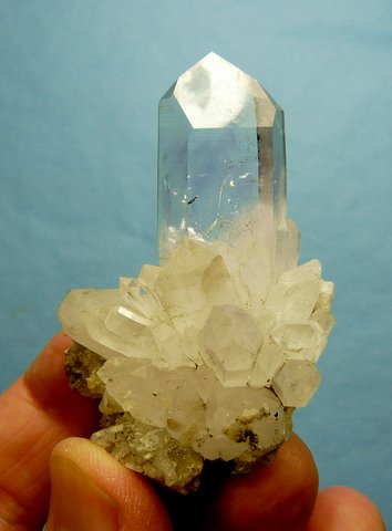 Quartz crystal on quartz crystal cluster