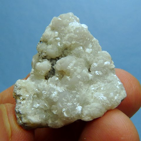 Smithsonite and (?) calcite on matrix